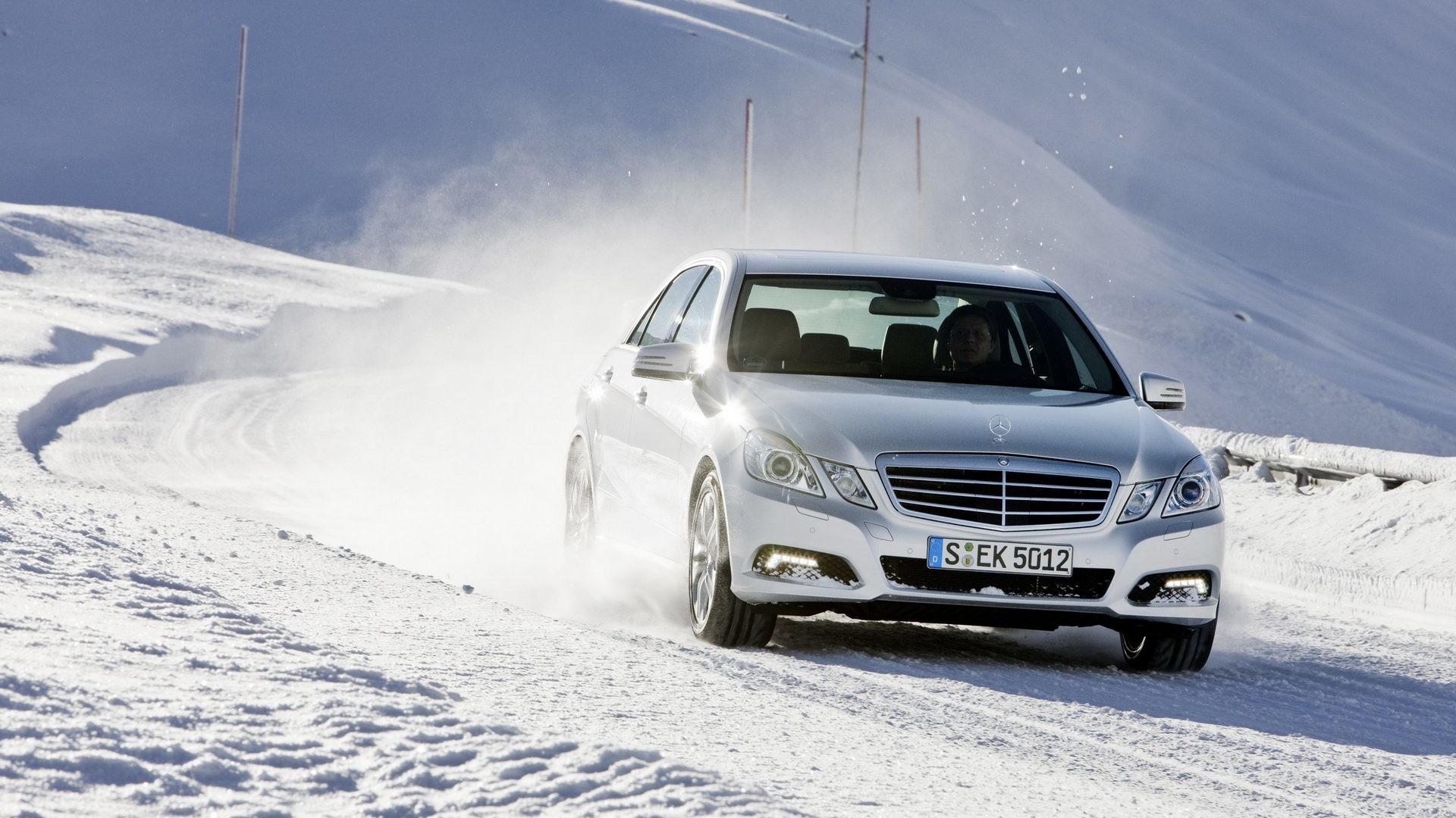 W212 configuration  Mercedes-Benz E-Class W212 - choose a used copy
